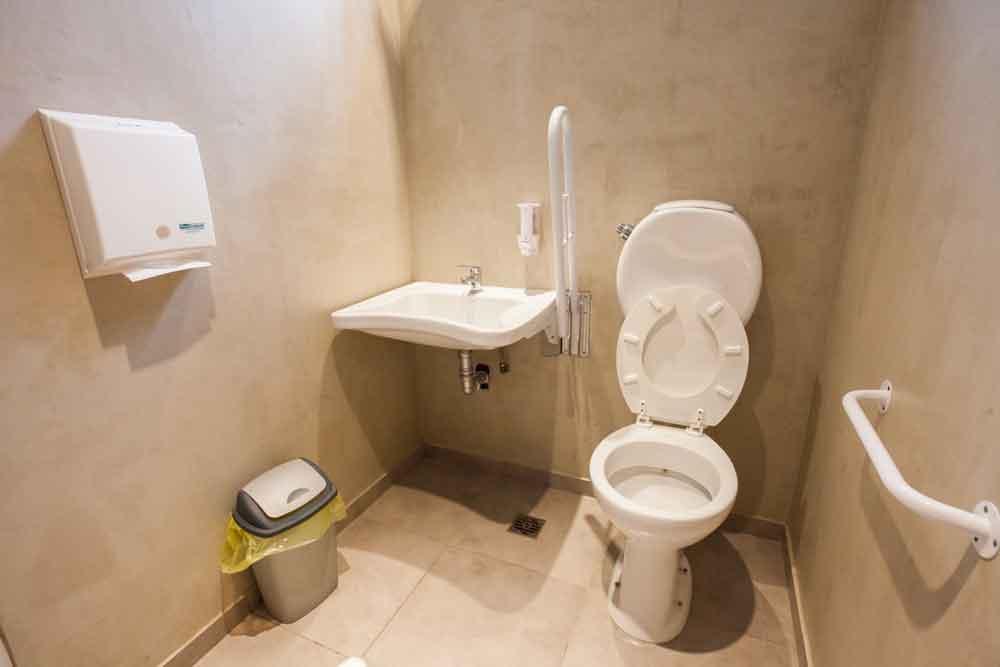 baños accesibles